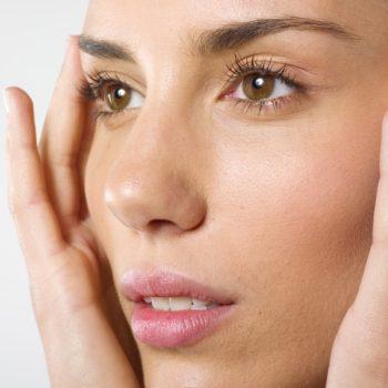 как происходит операция по изменению разреза глаз