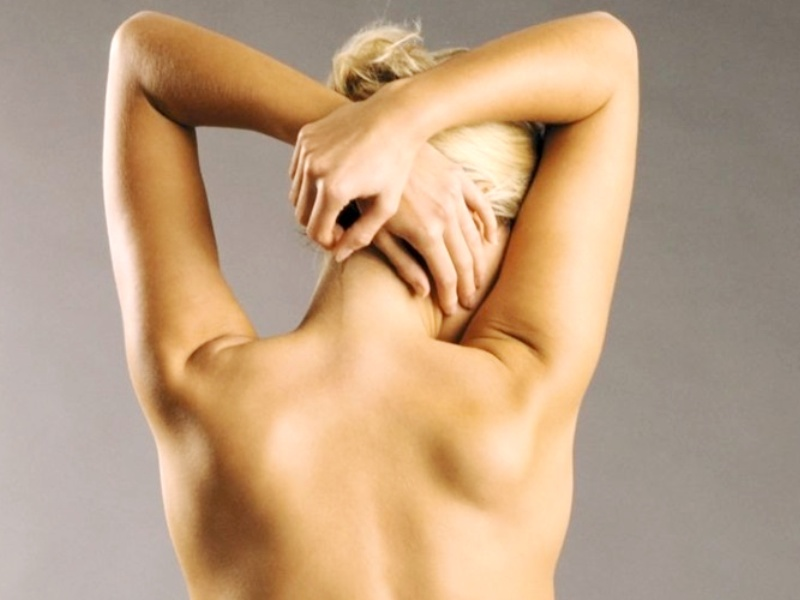 Липосакция горба на шее